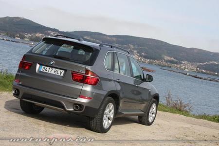 BMW X5 4.0 xDrive trasera