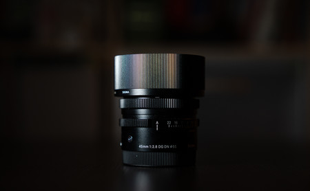 Sigma 45 mm f2.8 DG DN Contemporary análisis: un pequeño objetivo casi perfecto para las cámaras sin espejo