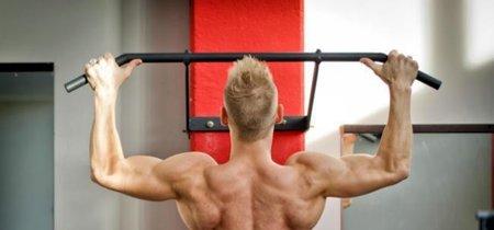 La importancia de colocar cada parte del cuerpo correctamente para hacer una dominada perfecta