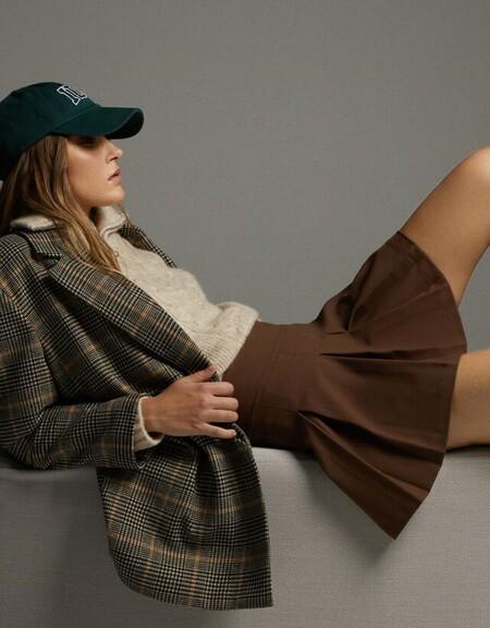La nueva colección de Bershka se convierte en una fuente de inspiración (divina) con estilismos perfectos para el día a día