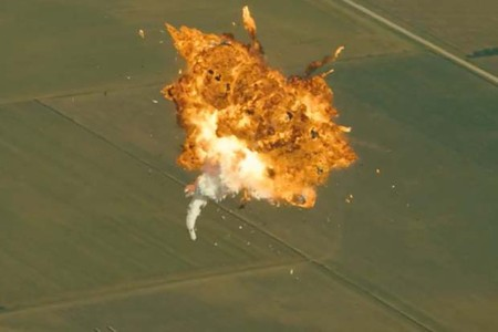 Espectaculares explosiones y fallos de SpaceX reunidos en un solo vídeo editado por el mismo Elon Musk