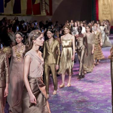 El desfile de Dior Alta Costura Primavera-Verano 2020 se llena de vestidos y joyas de diosa griega