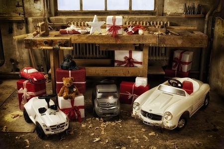 Mercedes-Benz presenta los regalos de Navidad para los más peques de la casa