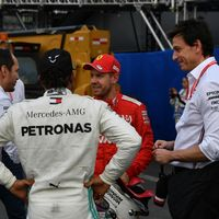 El posible fichaje de Sebastian Vettel como indicio de que algo se resquebraja en el equipo Mercedes de Fórmula 1