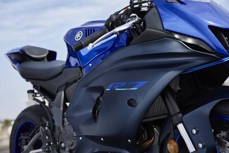 Yamaha R7 2022, prueba