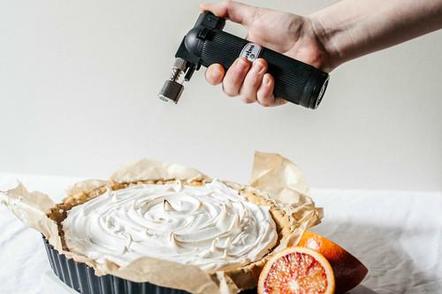 Nueve deliciosas razones para invertir en un soplete de cocina (y nueve modelos para todos los presupuestos)