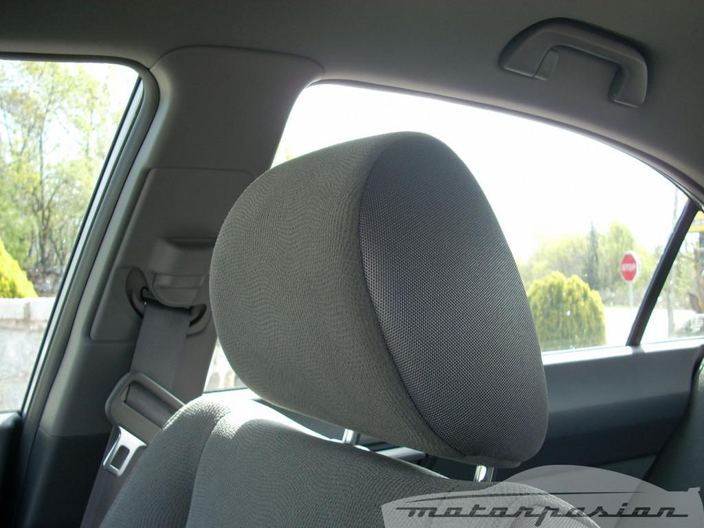 Foto de Honda Civic Hybrid (prueba) (30/40)