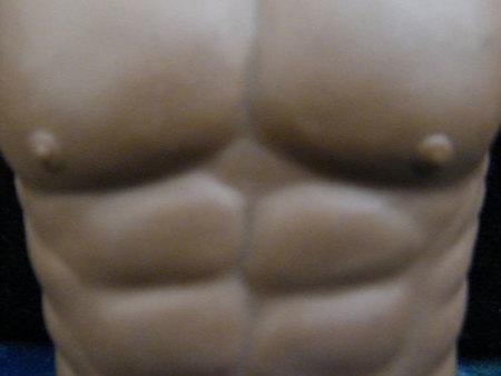 Algunas claves que debemos tener en cuenta a la hora de entrenar los abdominales con peso