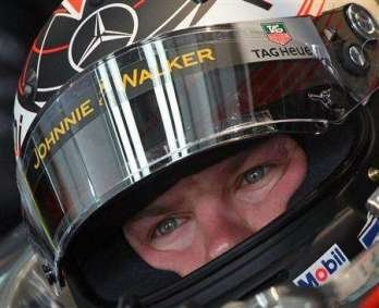 Los Ferrari por delante, Raikkonen tirado