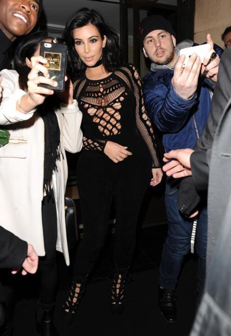 Kim Kardashian Crochet Look Calle