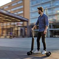 El Audi e-tron Scooter será el primer patinete eléctrico de Audi, tendrá cuatro ruedas y costará 2.000 euros