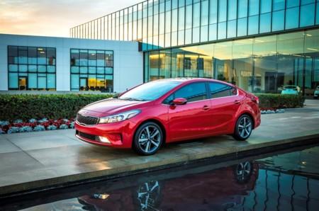 KIA Motors comienza la fabricación del Forte en su planta de Nuevo León