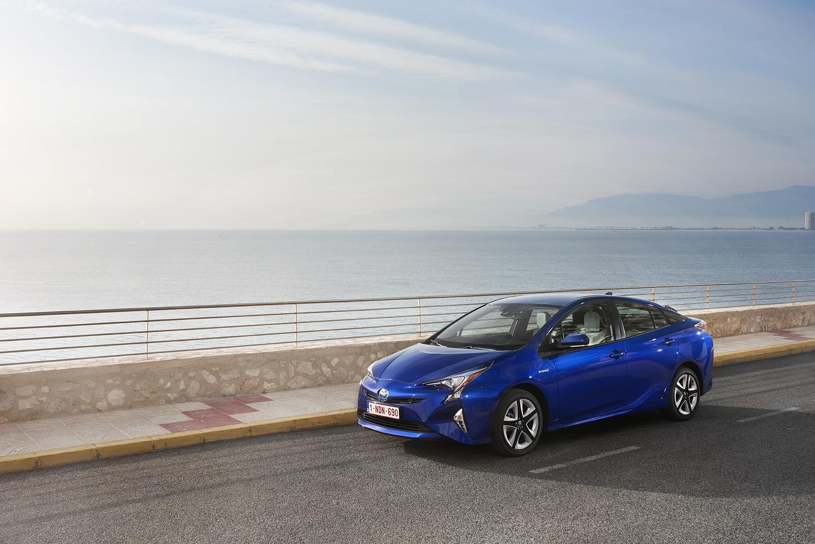 Foto de Toyota Prius 2016 (35/90)