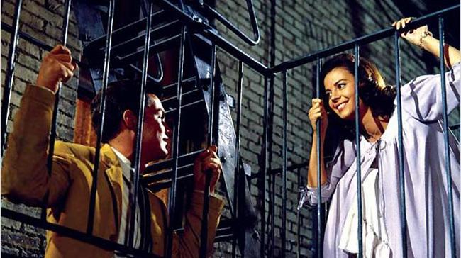 Richard Beymer y Natalie Wood en 'West Side Story'.