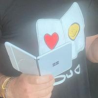 El Surface Duo es el protagonista en la foto de Panos Panay ¿tenemos un lanzamiento inminente?