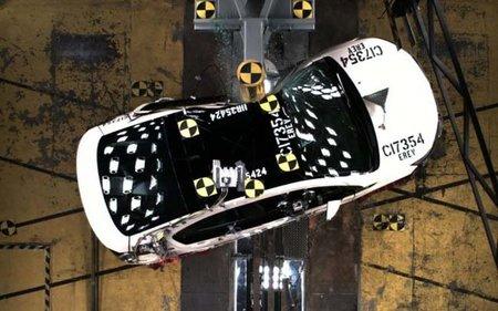 02-chevrolet-volt-crash-test.jpg