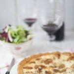 Receta de tarta de ajos caramelizados para nuestras cenas de verano