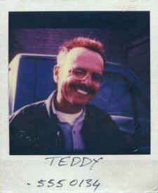 memento-2000-polaroid-teddy