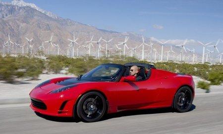 """Tesla jubilará el """"viejo"""" roadster"""