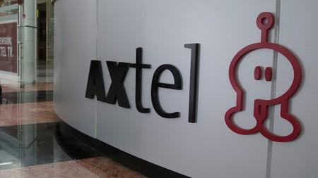 Axtel vende parte de su negocio de internet por fibra óptica a Televisa por 4,713 millones de pesos