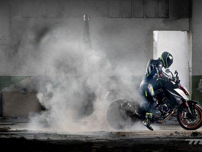 Desatamos el lado salvaje con la KTM 1290 Super Duke R, la aniquiladora de monotonías