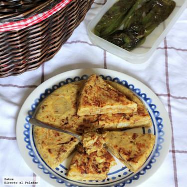 Tortilla de patatas confitadas y cebolla caramelizada para el día de San Isidro