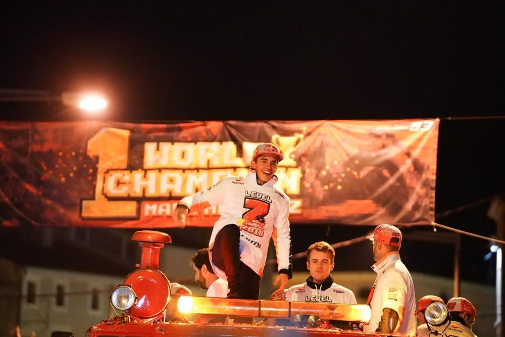 Foto de Celebración del séptimo título de Marc Márquez (10/12)