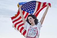 Lana del Rey se pasa de hype tres pueblos para el vídeo de 'Ride'