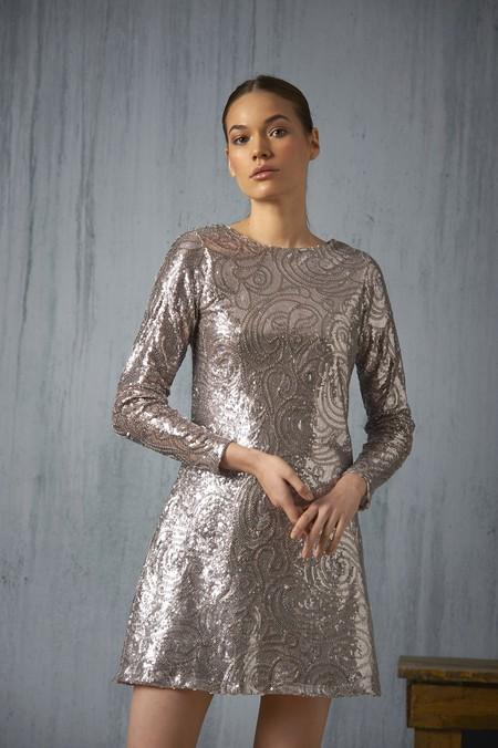 4b00926c1d Vestido de lentejuelas doradas de Pronovias 590 ...