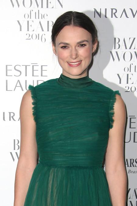 Toda la alfombra roja de los premios Harper's Bazaar Women of the Year 2016