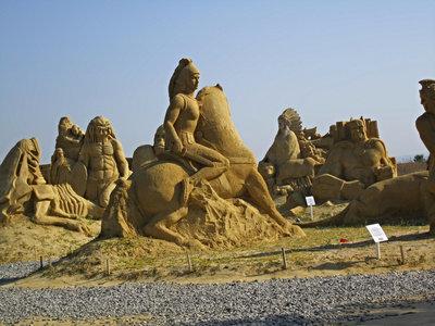 Pasea por una ciudad de cuento (y de arena) en el Festival de las Esculturas de Burgas, Bulgaria