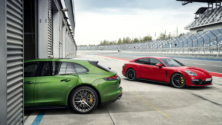 Porsche Panamera GTS 2019: V8 biturbo de 460 CV y puesta a punto deportiva... en las dos carrocerías