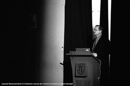 Diez consejos para fotografiar en conferencias