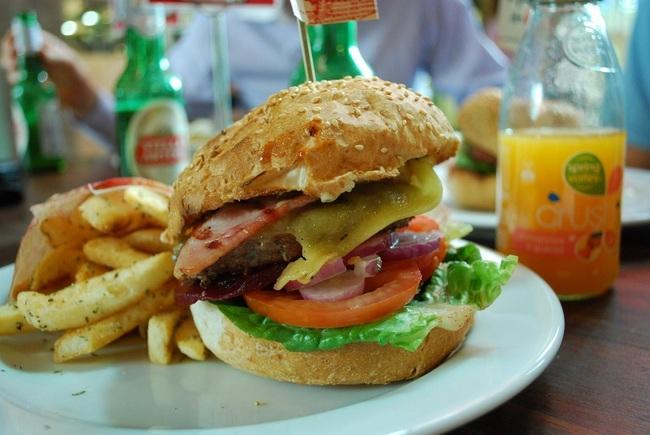 hamburguesa grande