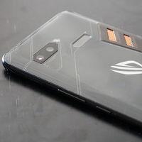 El ASUS ROG Phone 2 llegaría en el tercer trimestre de 2019, y tal vez no salga de China