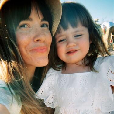 &Other Stories tiene la colección más romántica para que mamás e hijas vayan igual vestidas este verano