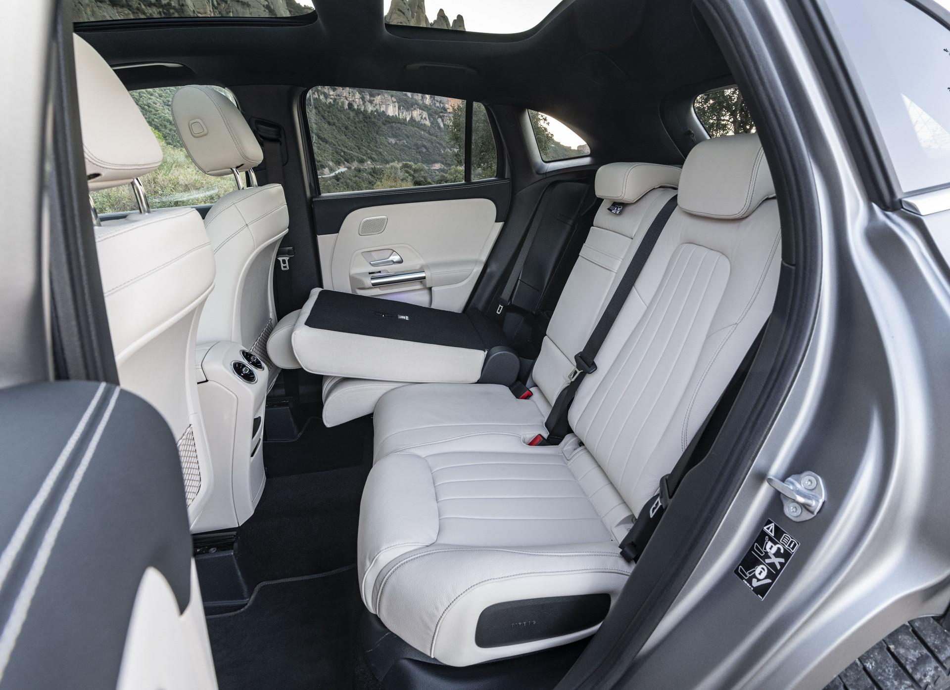 Foto de Mercedes-Benz GLA 2021 (103/103)