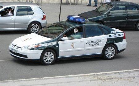 La guardia civil se manifiesta en las calles de Sevilla por los recortes salariales