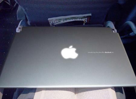 ¿ Un MacBook Air en los aviones ?