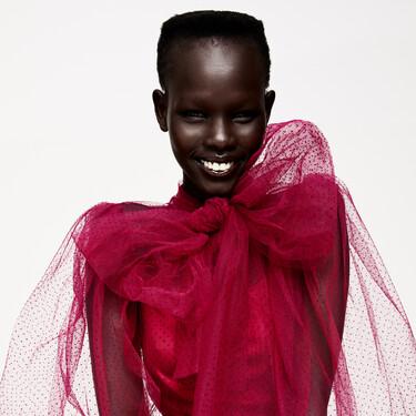 Zara nos deja sin palabras con sus nuevos looks de fiesta: vestidos, bodies y trajes que parecen traídos directamente de una pasarela