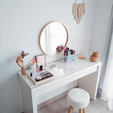 Los tocadores de maquillaje más ideales están hechos con estos 17 muebles y accesorios de decoración de Ikea, aptos para espacios pequeños