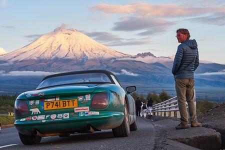 Del Ártico a Tierra de Fuego en un TVR Chimaera: la aventura entre pubs de un británico