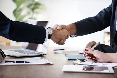 ¿Contratar o no contratar? El 60% de los emprendedores se bastan ellos solos