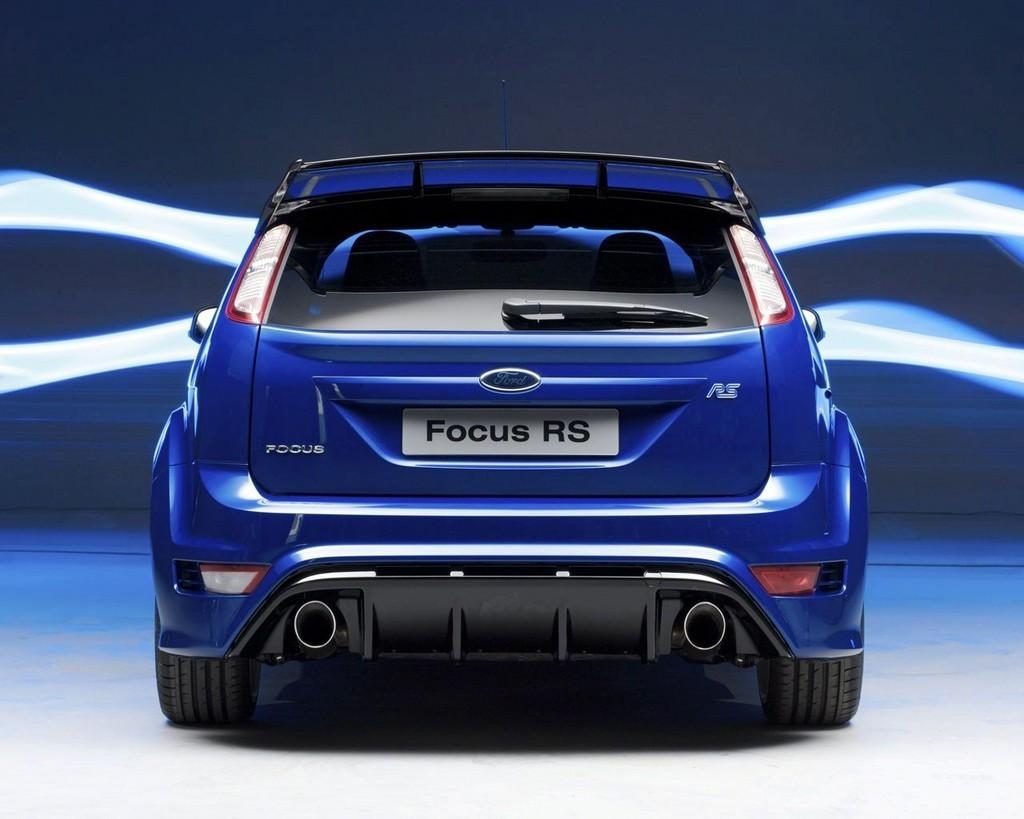 Foto de Ford Focus RS Azul Racing (2/8)