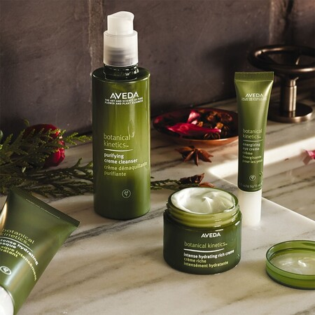 Aveda reformula más de 500 productos cosméticos y de maquillaje para ser una marca 100% vegana