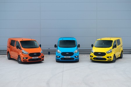 Las Ford Transit MS-RT dejan la seriedad de lado y se visten con todo el estilo del WRC