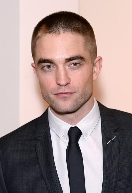 Robert Pattinson vestido de Dior Homme es lo más elegante que verás hoy