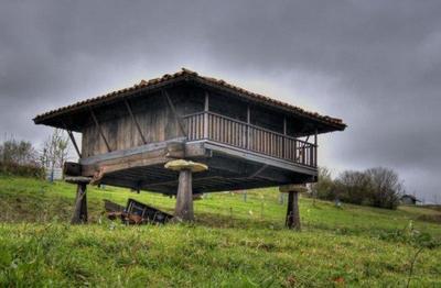 Asturias: hórreos, paneras y cabazos