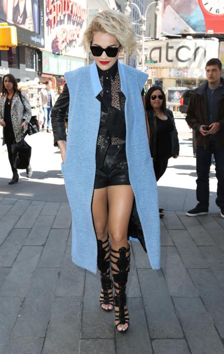 Rita Ora Gaultier look calle