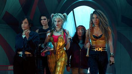 Margot Robbie se transforma (de nuevo) en Harley Quinn y quiere liarla mucho en el tráiler de 'Aves de presa'